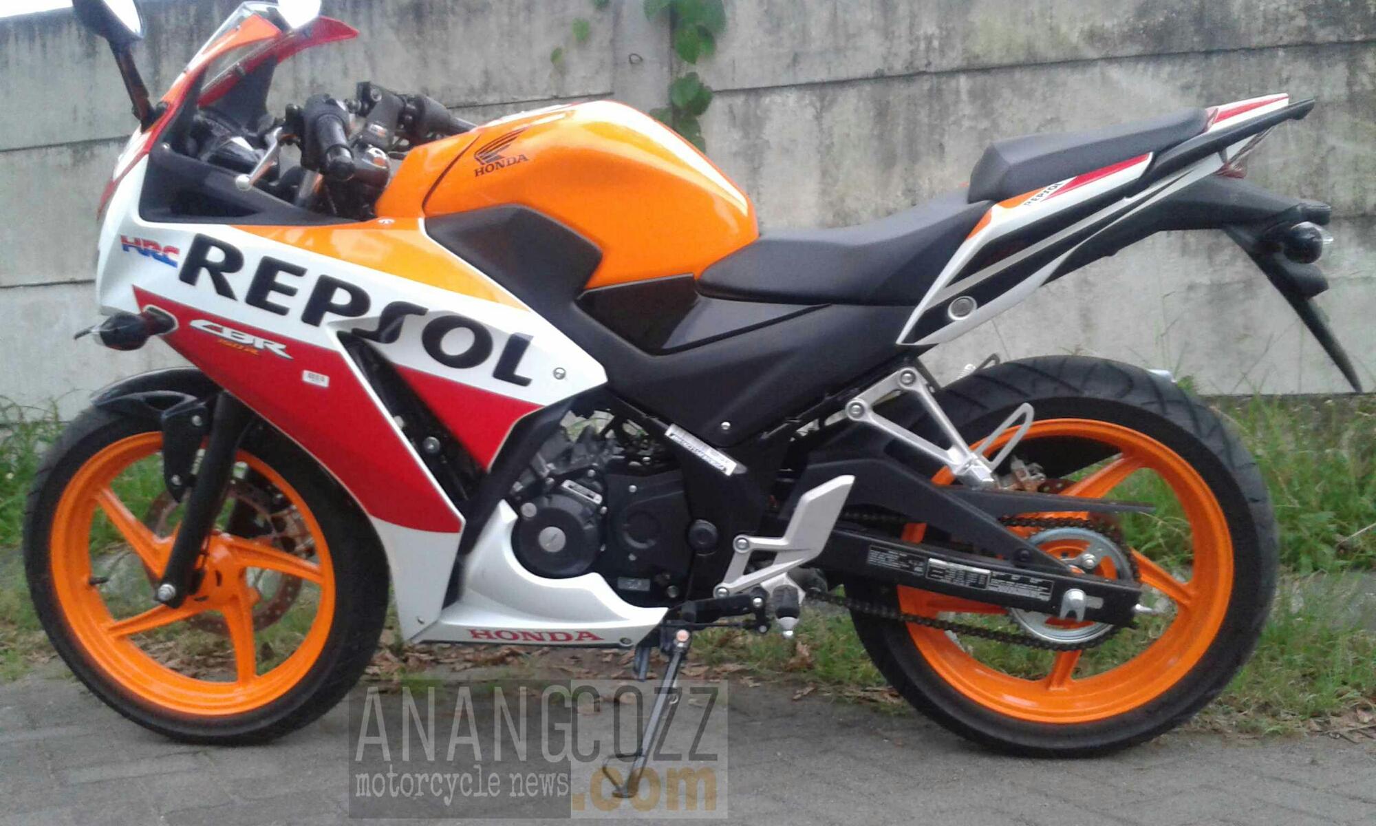 Galeri All New Honda CBR150R Desain Kompak Sporty Abiss