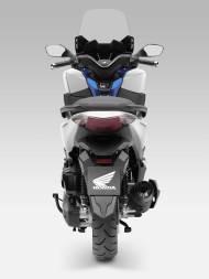 2015-Honda-Forza-125-004