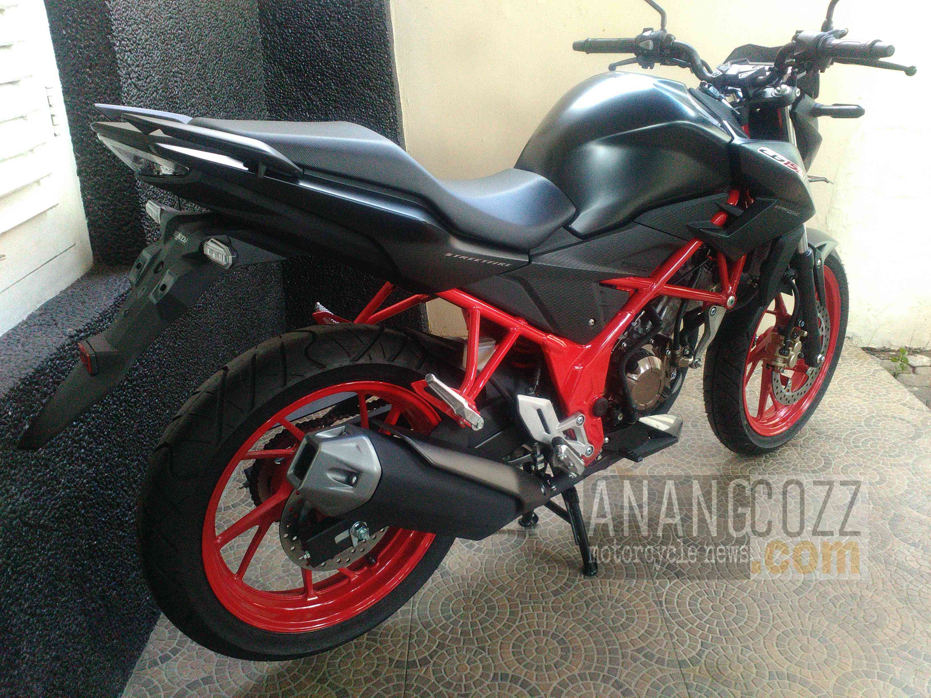 Koleksi 93 Modifikasi Motor Cb150r Black Terbaru Palm Modifikasi