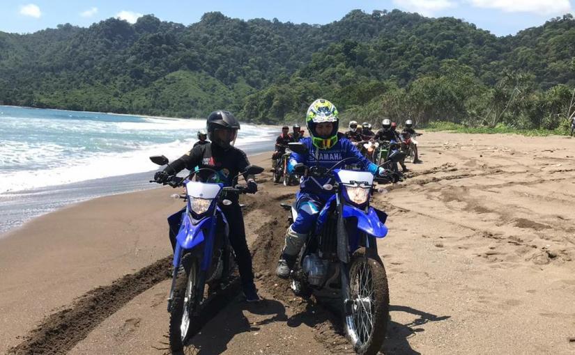 Yamaha WR155R Libas Ombak Pantai Bande AlitJember