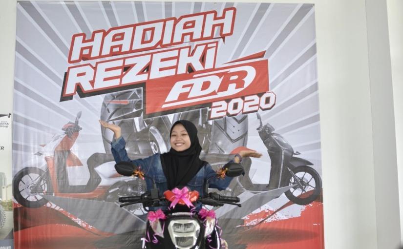 FDR Bagikan 54 Motor Honda Genio Untuk Konsumen Setia Melalui Program Rezeki FDR2020