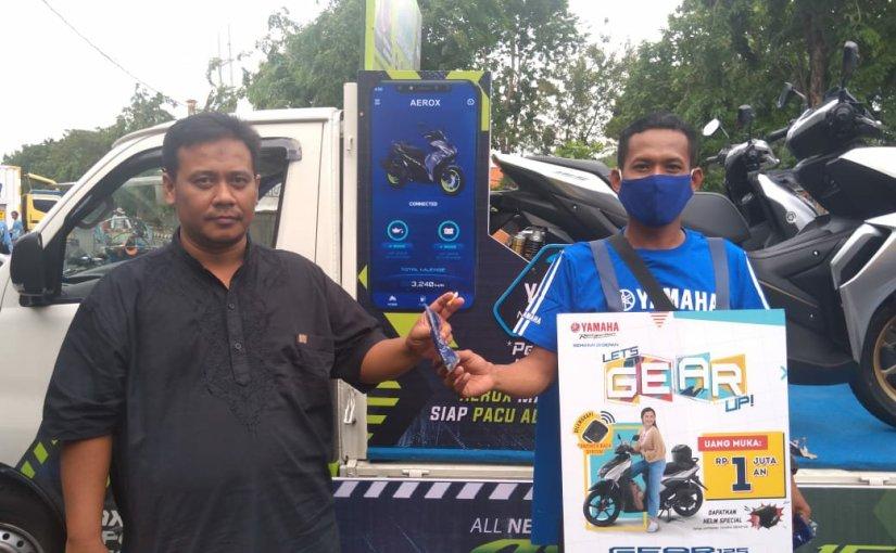 Peduli Kesehatan Masyarakat, Yamaha Jatim Bagikan MaskerGratis