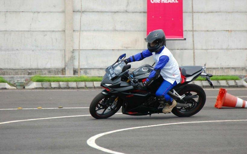 Pengen Belajar Safety Riding, Datang Aja ke MPM Safety Riding CenterGaes!