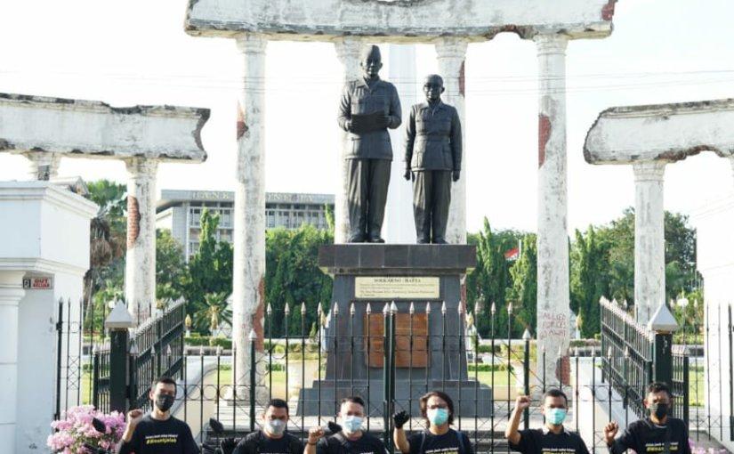 Keseruan NMAX Gatheriding Blogger Dan Media, Keliling Kota Surabaya HinggaBukber!