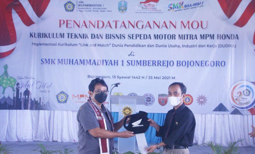 MPM Honda Jatim Resmikan Tempat Uji Kompetensi SMK Untuk Mendorong MutuPendidikan